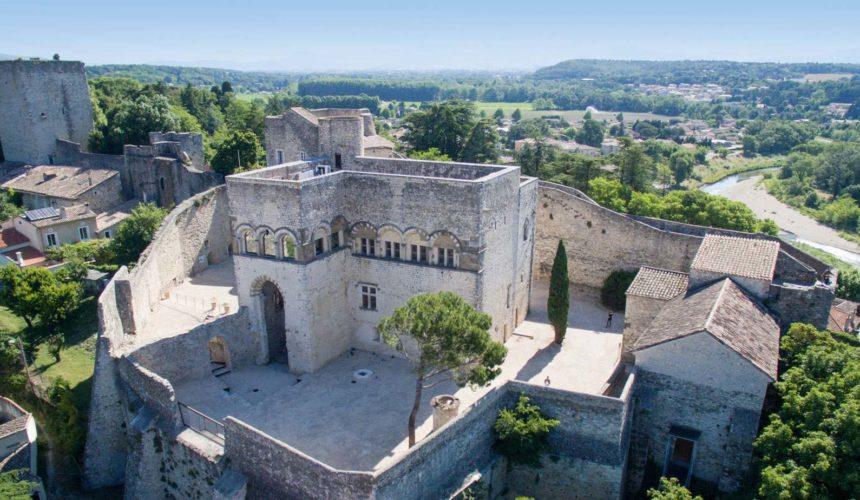 Le Château des Adhémar tout près de notre hôtel
